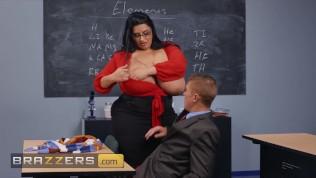Brazzers Latina Große Titten